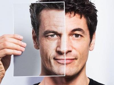 ما هي طرق حماية بشرة الوجه من التجاعيد والجفاف؟