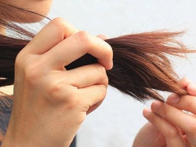 البشرة الجافة هل تظهر الحبوب عليها وهل لها علاقة بتقصف الشعر؟